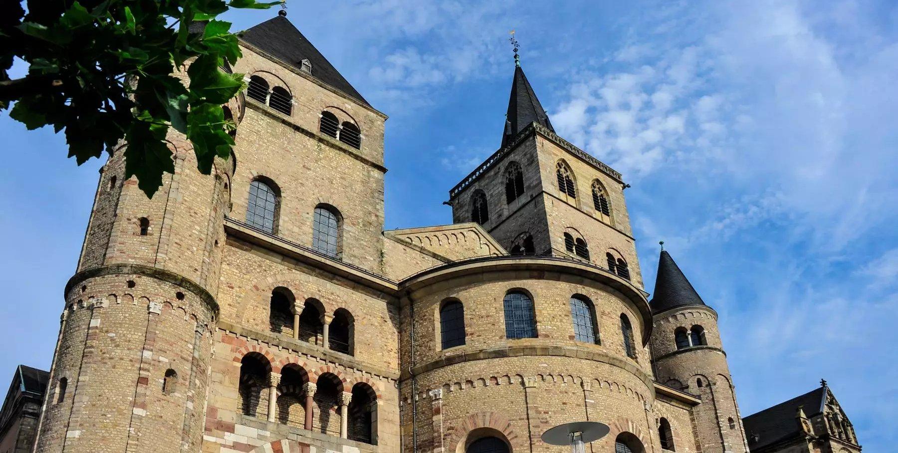 Der Trierer Dom St. Petrus gehört zum UNESCO-Weltkulturerbe, Römerstadt