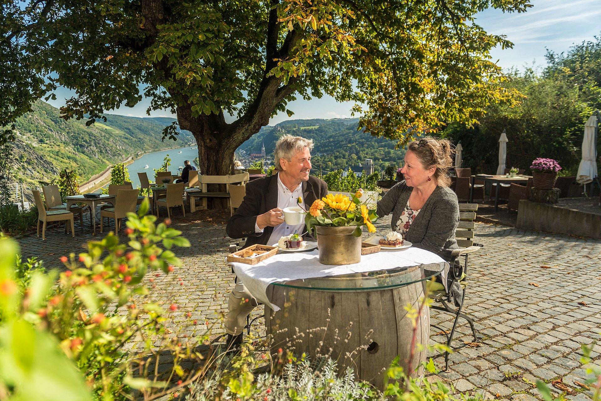 Genuss beim Günderodehaus in Oberwesel, Romantischer Rhein