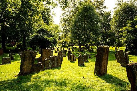 Der jüdische Friedhof in Worms, Lutherstadt