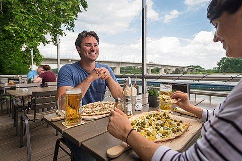 Regionale Küche am Rheinufer, Worms