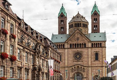 Der beeidruckende Dom zu Speyer, Pfalz