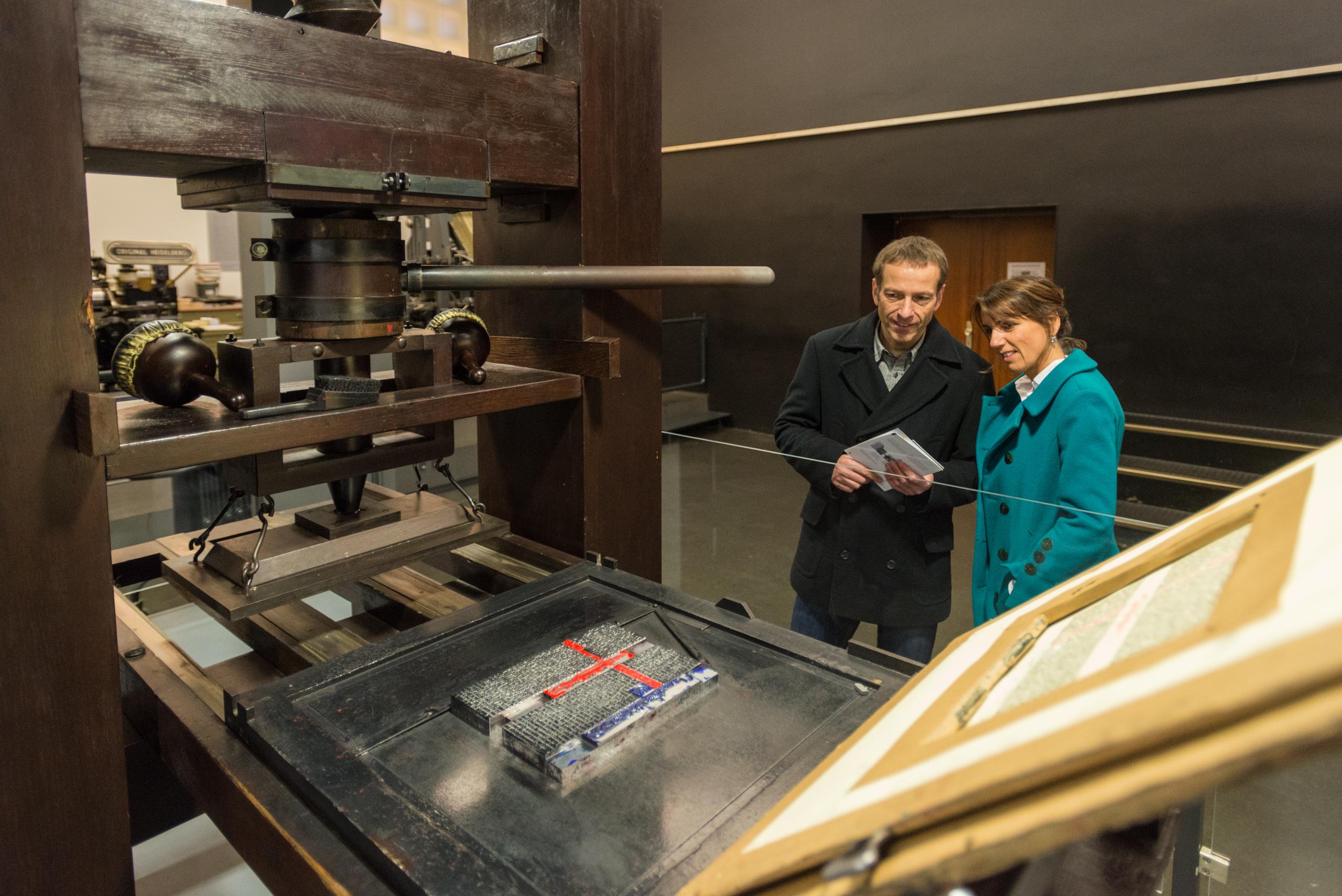Besuch der Ausstellung im Gutenberg-Museum Mainz über die Erfindung des Buchdrucks, Rheinhessen