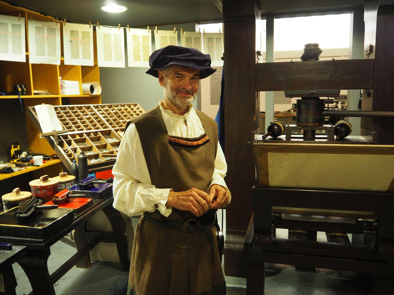Spannende Kostümführung im Gutenberg-Museum Mainz, Rheinhessen